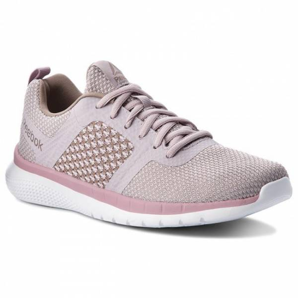 REEBOK WOMEN RUNNING PRIME RUNNER SHOES CN5680